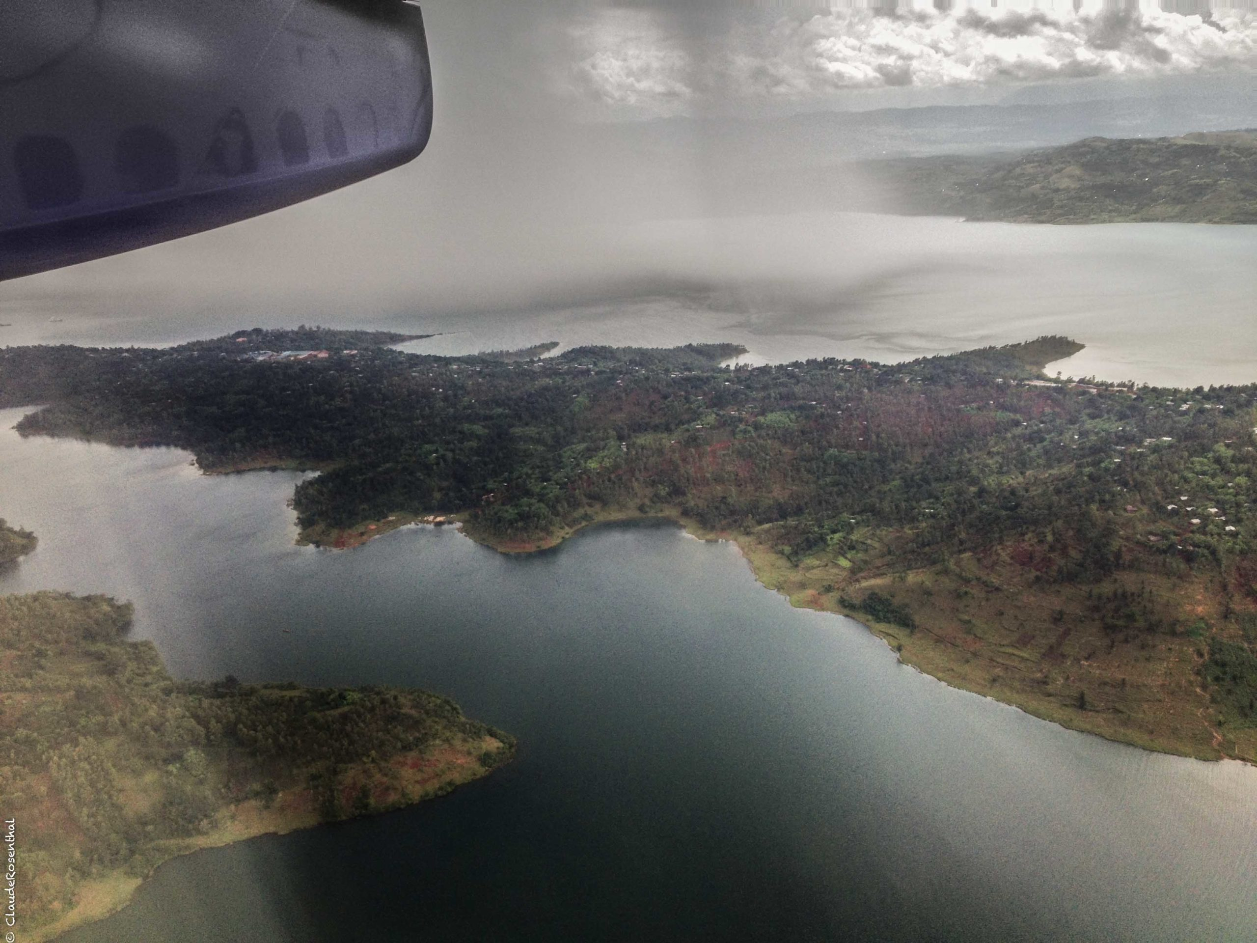 Arrivée sur Bukavu avion 1