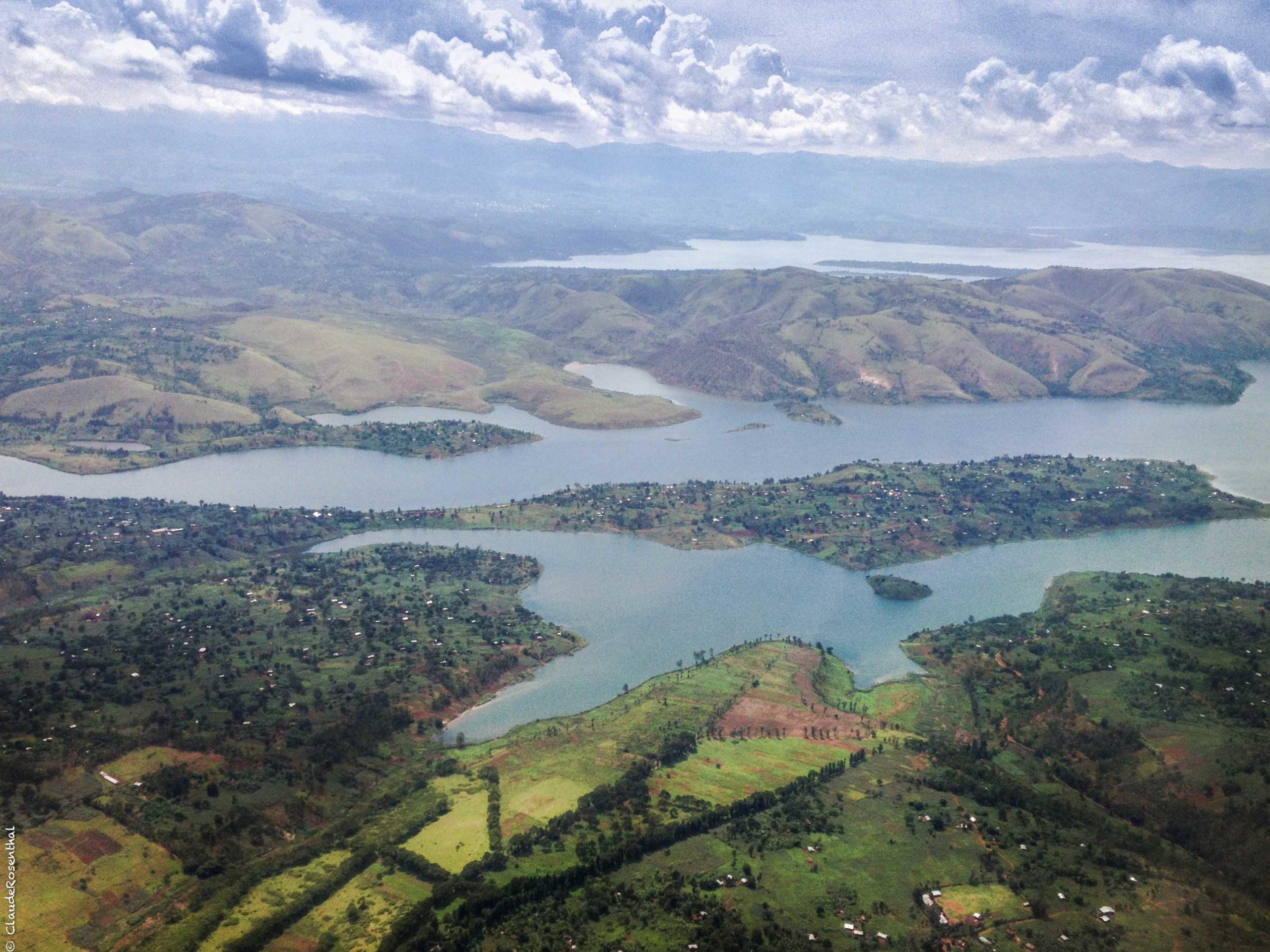 Arrivée sur Bukavu avion 3